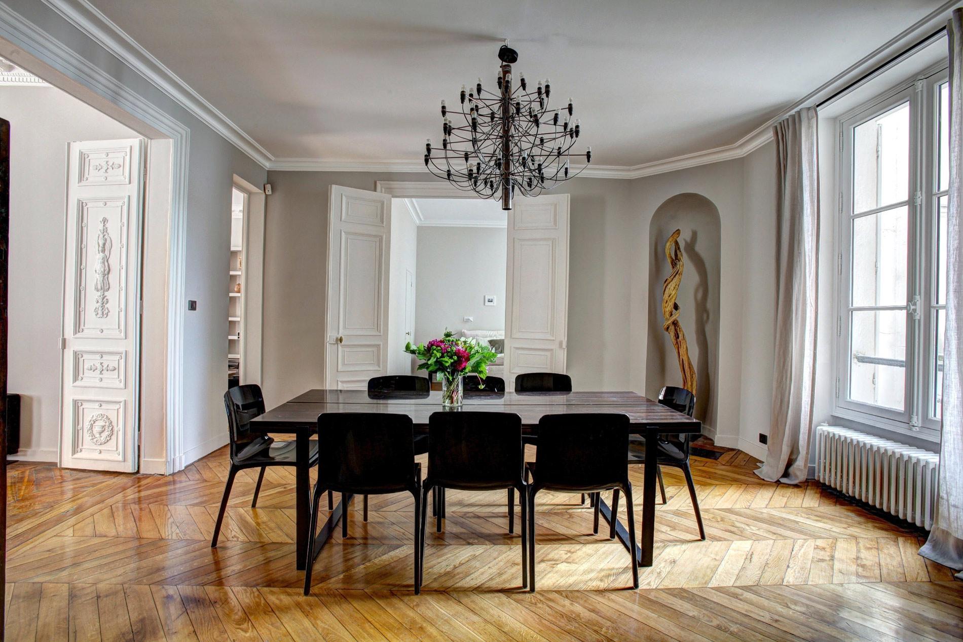 Изготовление мебели и мебельных конструкций оригинального дизайна из древесины